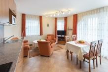 Ferienwohnung DGL14. Wohnzimmer