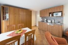 DGL14, Wohnzimmer mit Küchenzeile