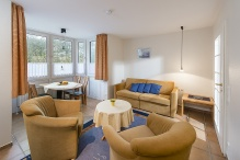 ELB23, Wohnzimmer mit Couchgruppe